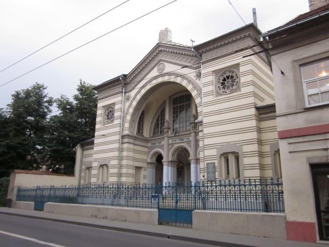 """בית הכנסת """"טהרת קודש"""" בווילנה"""